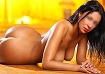 Erotische Prostituierte bietet Hotel & Hausbesuche