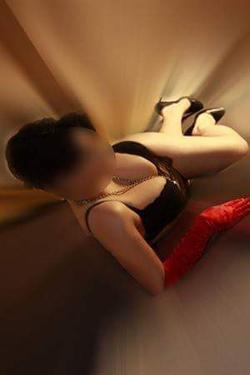 Denise - Sofort Sex Date mit echte Nymphomanin in Berlin