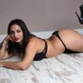 Domina Frau mit große Oberweite erfüllt Sex Wunsch