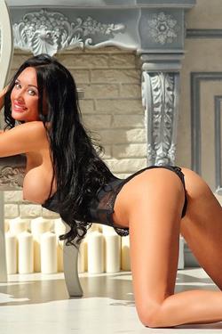 Vanessa - Top Erotische Hostessen in Berlin bestellen