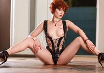 Scarlett - Deutsches Escort Girl mit besten AV Service