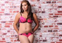 Lorie - Teenie Prostituierte in Berlin diskrete Haus Hotelbesuche