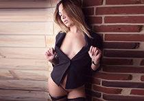 Adella - Bisexuelle Schlanke Escort Teenie Berlin sucht Mann